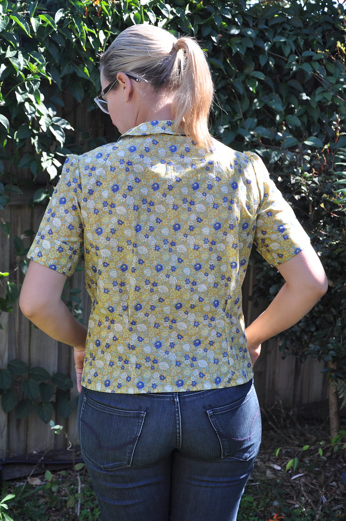 vintage simplicity 4606 blouse mustard yellow floral print peter pan collar