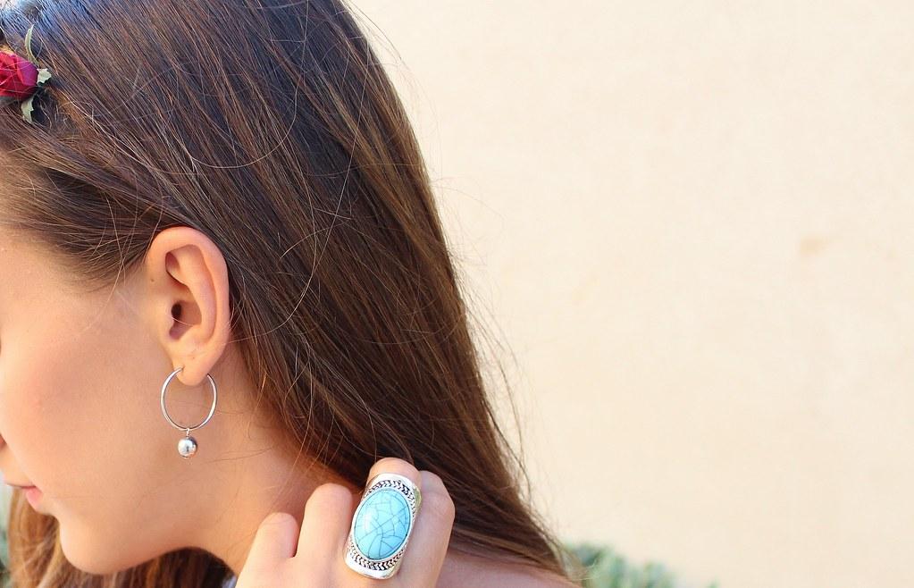 PRIMARK RING H&M EARRING OOTD MALTA