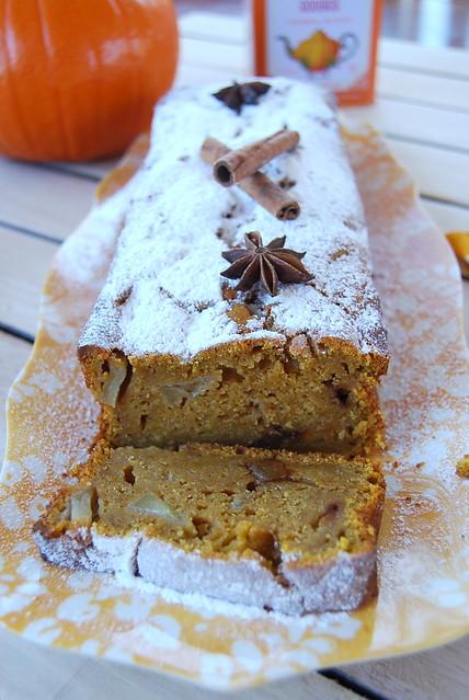 Pumpkin-apple Loaf