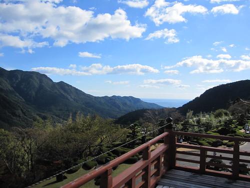 三重の宝塔から熊野の山並みを望む⑦ by Poran111