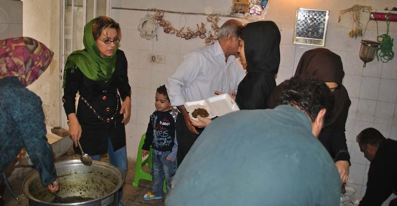 175 Ashura Tashoa, dia 02, repartiendo comida en Teheran (19)