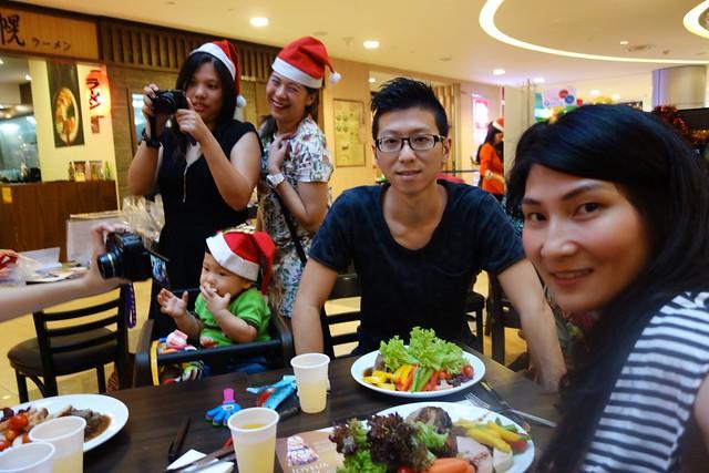 Choo Family's selfie