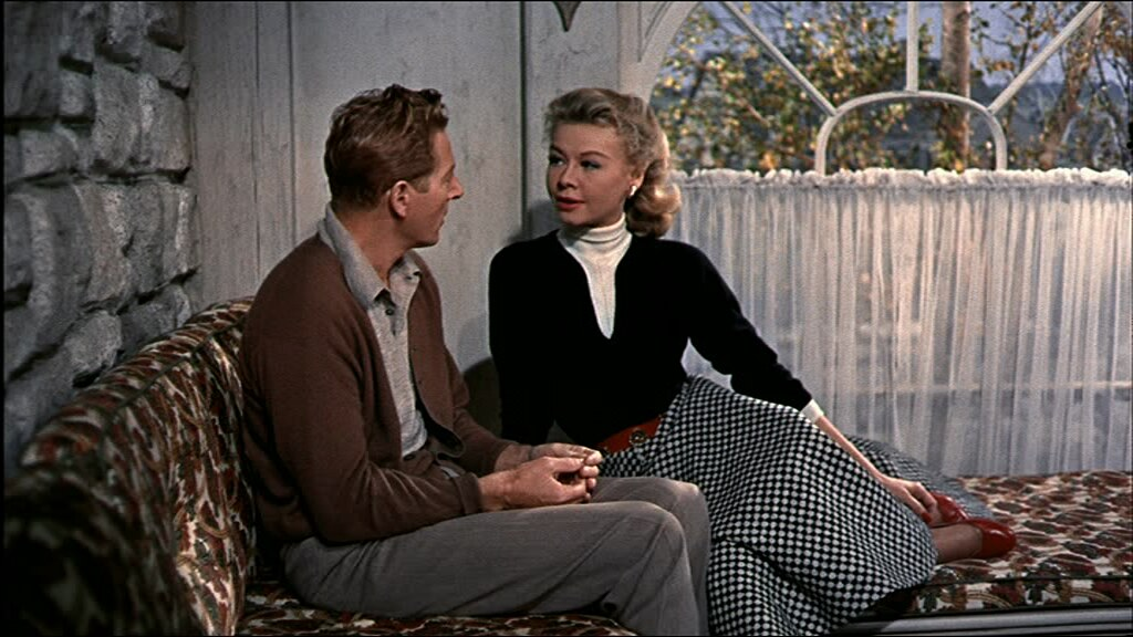 white-christmas-fashion-vera-ellen-red-belt