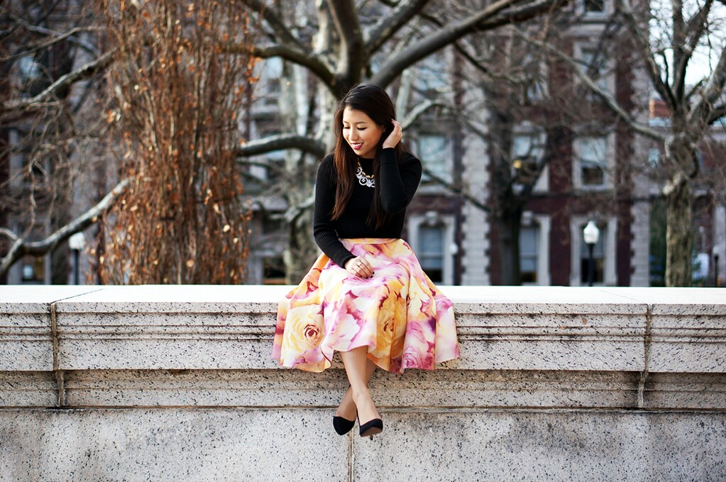 Petite Hues | A Lifestyle Blogger from New York City: Floral Midi ...