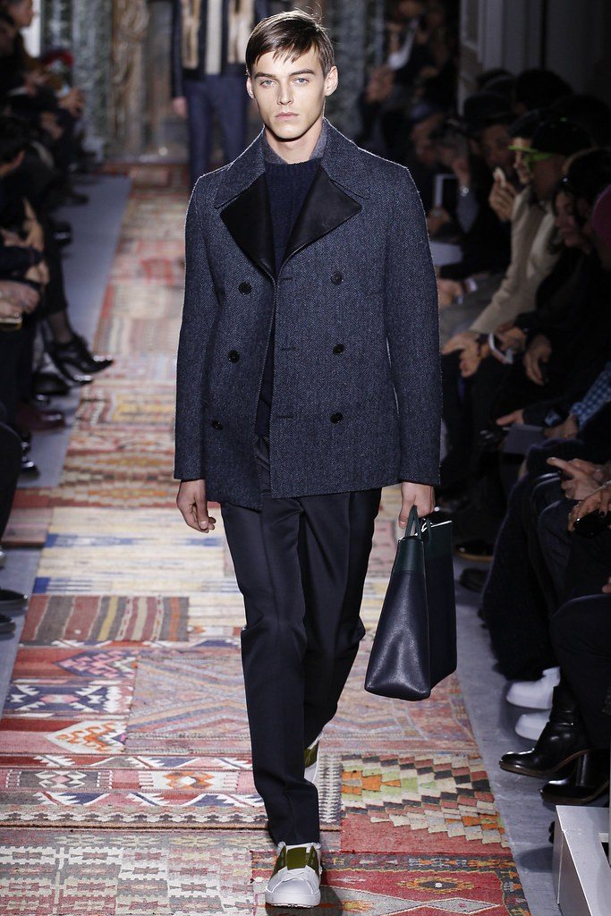 FW14 Paris Valentino042_Robbie Wadge(VOGUE)