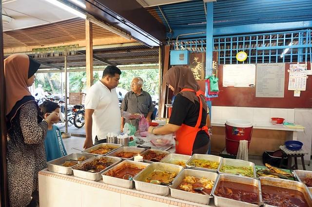 Halal breakfast in Penang Astaka Taman Tun Sardon
