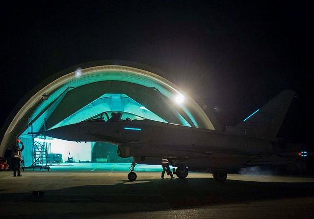 Il caccia eurofighter tiphoon del 36° Stormo 3
