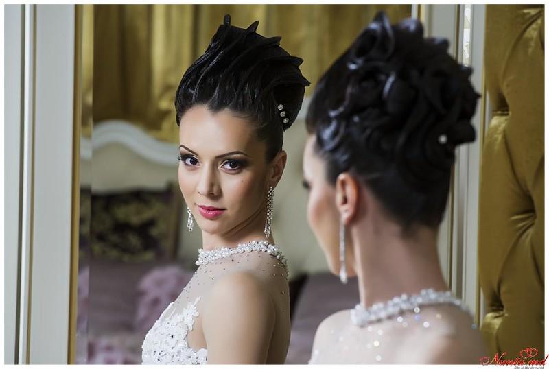"""""""Irina Mihalaș"""" - o moderatoare carismatică și o interpretă selectă, pentru petrecerea Dvs. > Foto din galeria `Principala`"""