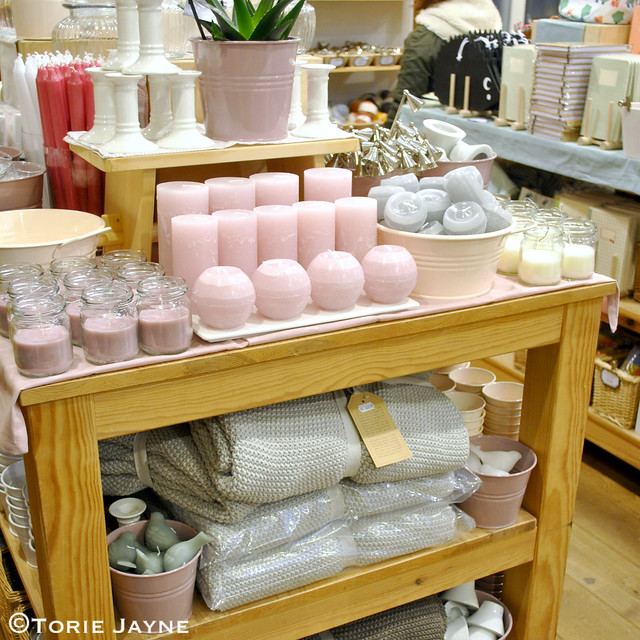 Pretty pastel candles at Ditte & Kamille