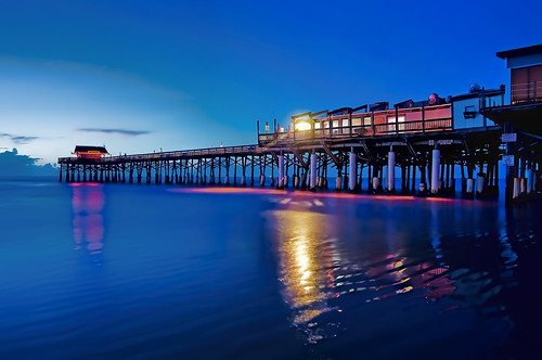 longexposure usa beach water dawn fishing sand surf florida surfing nautical seashore atlanticocean eastcoast recreational sunshinestate cocoabeachpier woodstructure brevardcounty spacecoast