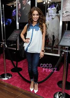 Vanessa Hudgens White Pumps Celebrity Style Women's Fashion