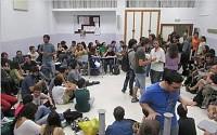 Profesores, padres y estudiantes llevan a cabo una huelga general en todo el país en contra de la LOMCE