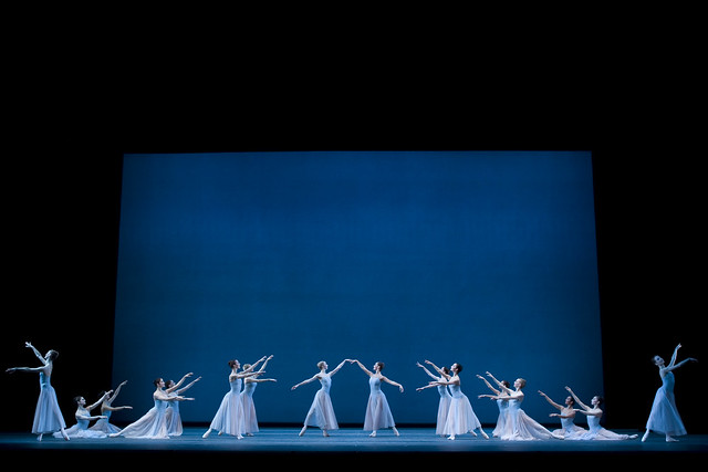 The Royal Ballet in Serenade © ROH / Johan Persson, 2008