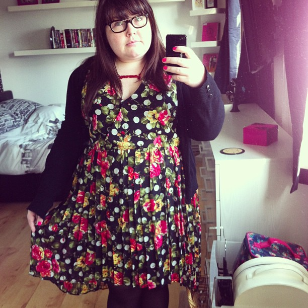 Wearing a skirt under this dress to combat the wind #ootd #fatshion #plussize