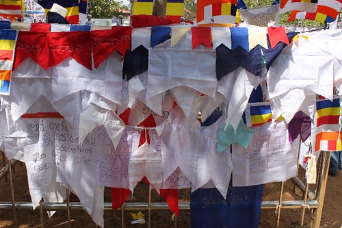 20130114_7018-prayer-flags_Vga