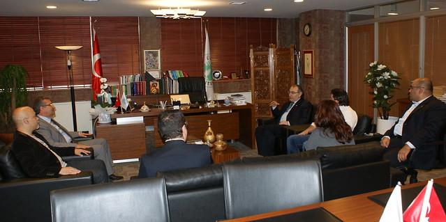 Eğitimci-köşe yazarı Sait Gürsoy Üsküdar Üniversitesi'ni ziyaret etti