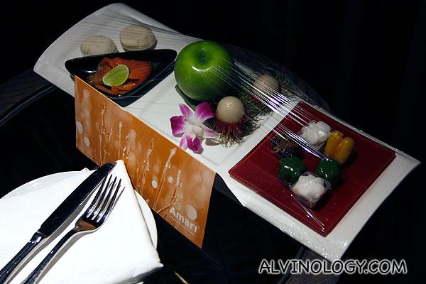 Fruits and dessert sampler