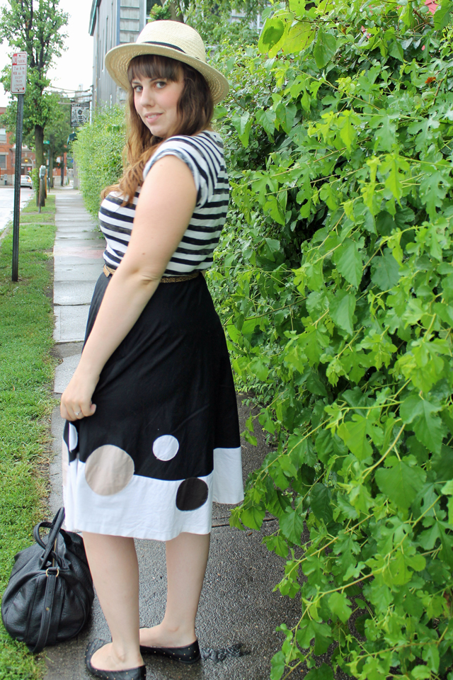 Straw & Stripes outfit: striped Gap t-shirt, vintage circle skirt, quilted Modcloth flats, straw fedora
