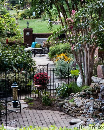 gardens backyard neighborhood goldenhills