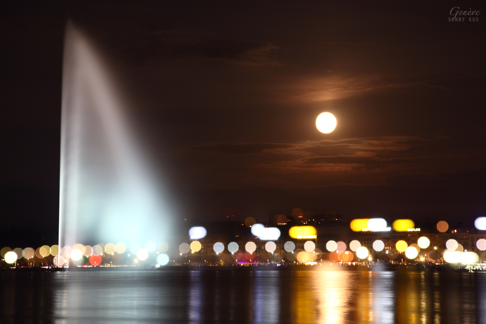 Full Moon and Jet d'Eau