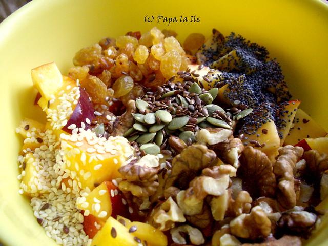 Nectarine cu seminte (2)