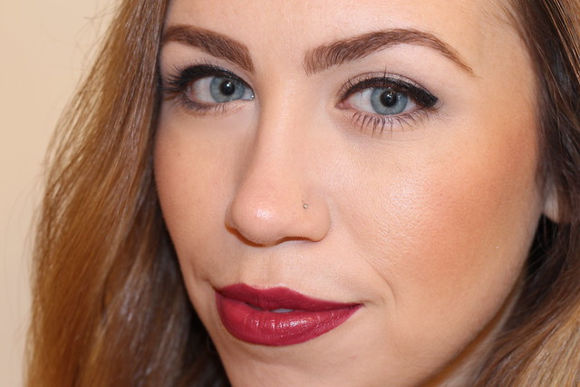 Living After Midnite: Makeup Monday: Holiday Berry