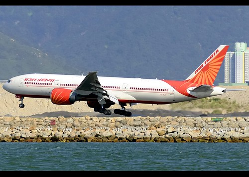 B77L - Boeing 777-237(LR)