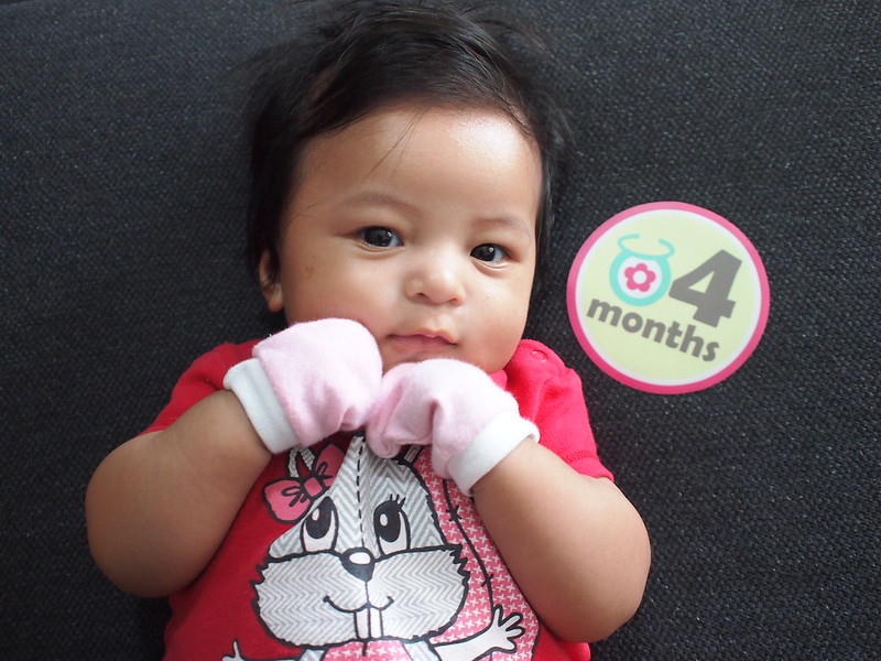 29 Dec 2013 - Zara is 4 month!