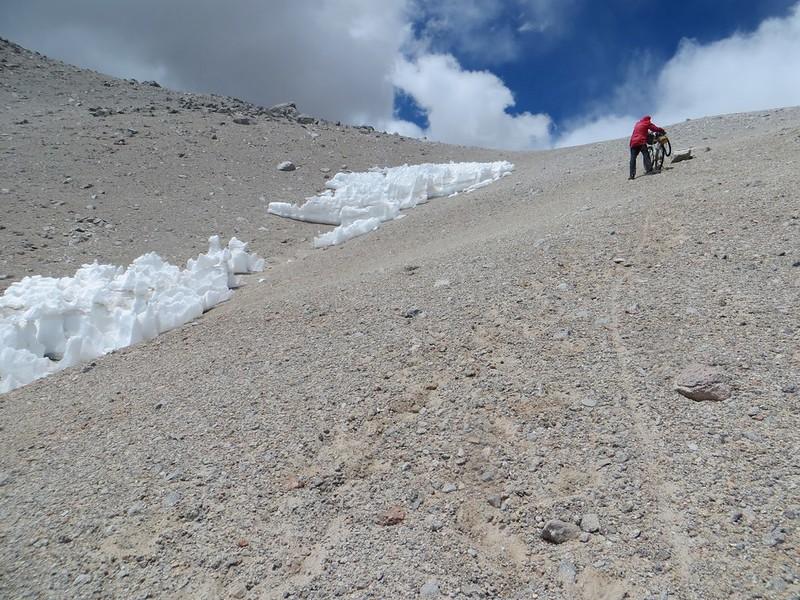 The steep push up towards Corona del Inca