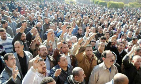 Egyptian Mahalla's striking workers in the textile industry struck during February 2014. Unrest among workers continues under the military regime. by Pan-African News Wire File Photos