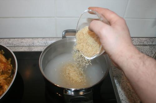 35 - Reis hinzugeben / Add rice