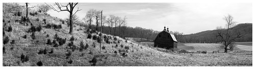 bw panorama barn rural landscape virginia blackwhite farm manualfocus stitchedpanorama legacylens rinerva penfm43adapter hzuiko42mm112 rusticridgerd