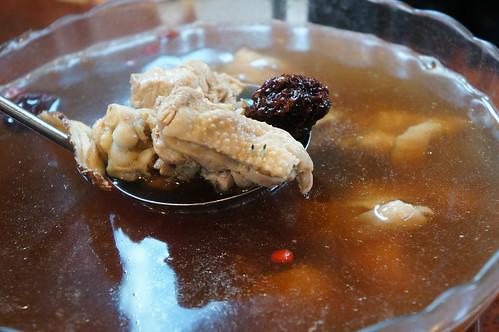 棗莊-紅棗雞湯