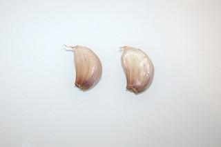 04 - Zutat Knoblauchzehen / Ingredient garlic