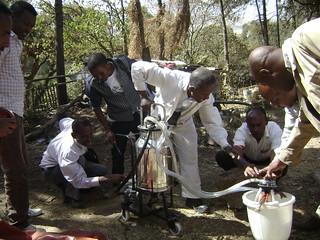 Portable milking machine introduced by LIVES (Photo:ILRI\Solomon Gizaw)