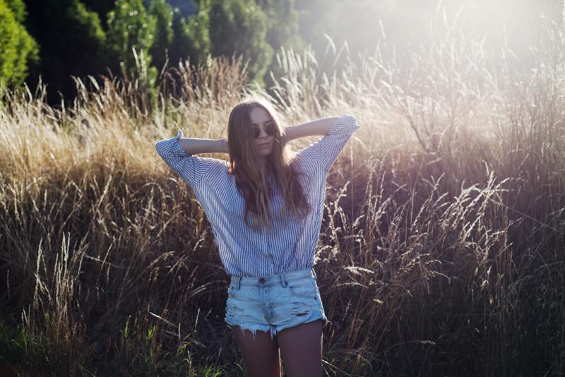 Fashion Blogger | Kendra Alexandra| Glassons Shirt, One Teaspoon Shorts