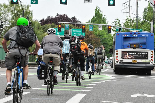 Portland bike traffic-11.jpg