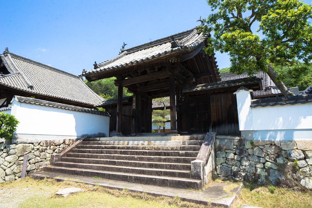 頼久寺入口2
