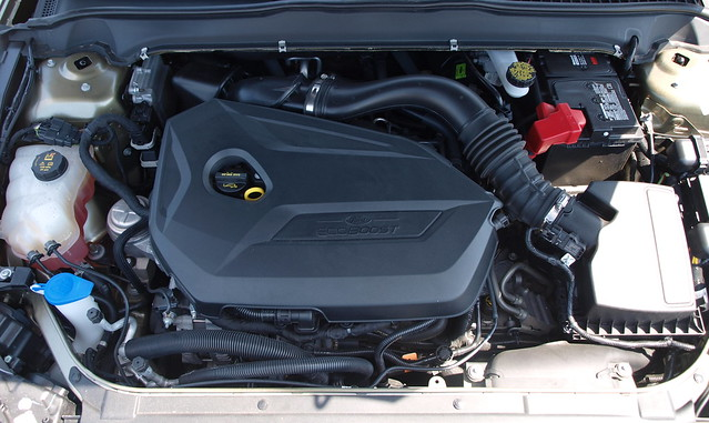 2013 Ford Fusion SE 11