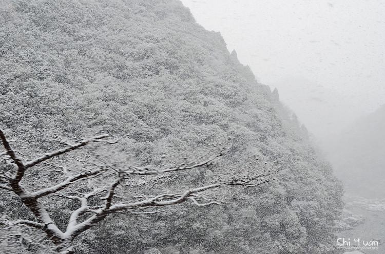 嵯峨野觀光鐵道-冬雪07.jpg