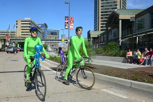 Aliens on Bikes