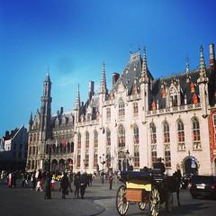 Whaddup, Bruges