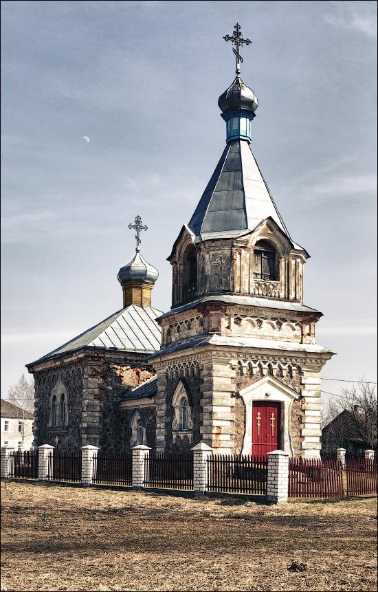 Радивонишки, Церковь Успенская