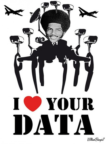 I HEART YOUR DATA by WilliamBanzai7/Colonel Flick