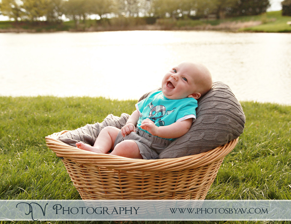 3 month old baby - Homestead Park - Hilliard, Ohio - AV Photography