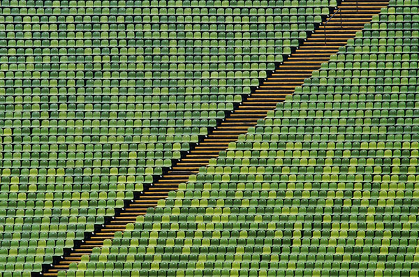 jared lim  Diagonal-Path-Munich-Olympiastadion