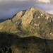 Montañas en el camino de Gigovelaga a Guevea de Humboldt, Distrito Tehuantepec, Región Istmo, Oaxaca, Mexico por Lon&Queta