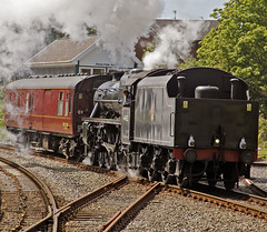 44932 returning to depot with support coach