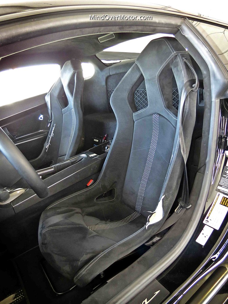 Lamborghini Gallardo LP570-4 Superleggera Carbon Fiber Bucket Racing Seats