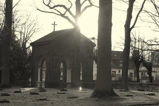 Torbogen zum alten Oldesloer Friedhof